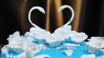 Свадебный торт Белые лебеди.
