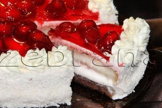 """Клубничный торт """"Клубничка"""" с йогуртом"""