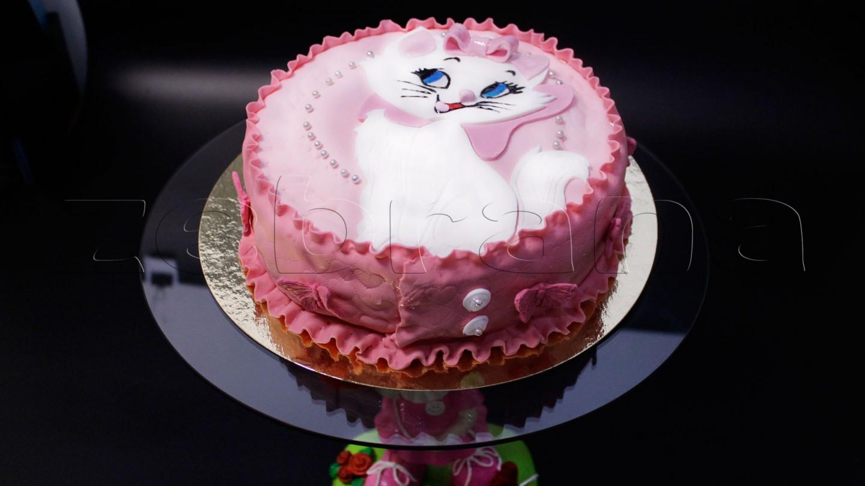 Детский торт для девочки с котенком