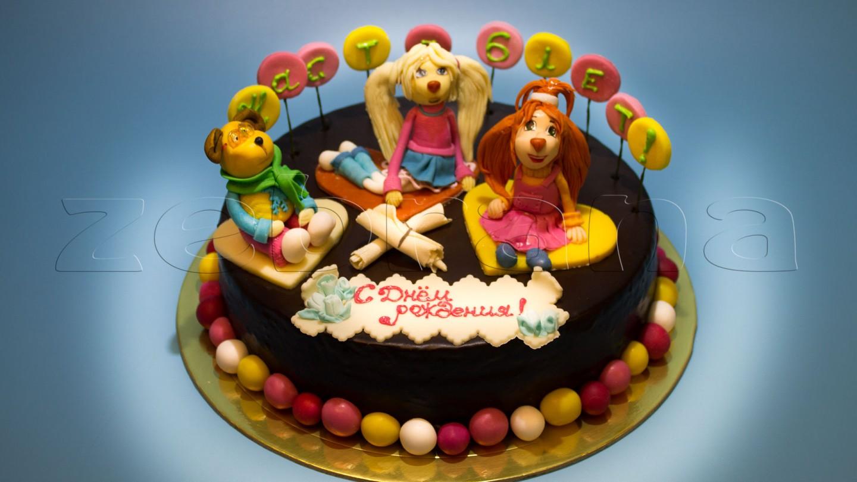 Детский торт  с фигурками из мастики