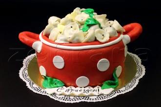 """Праздничный торт """"Кастрюля пельменей""""."""