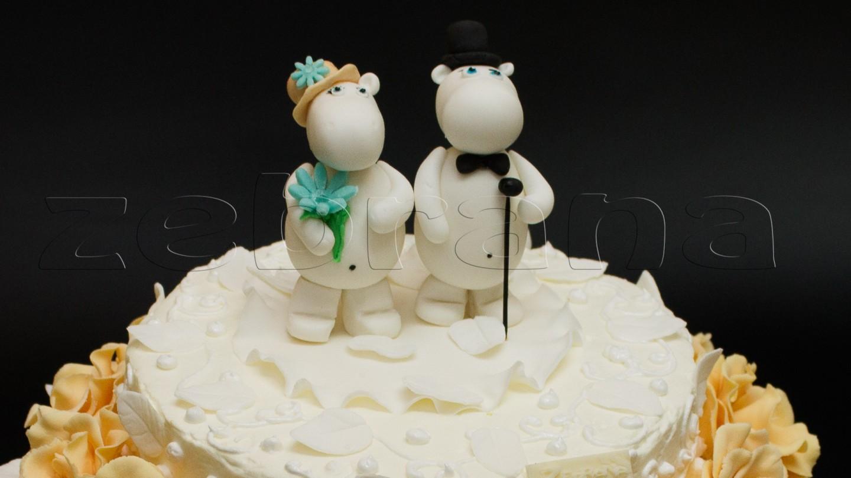 Свадебный торт с фигурками бегемотиков